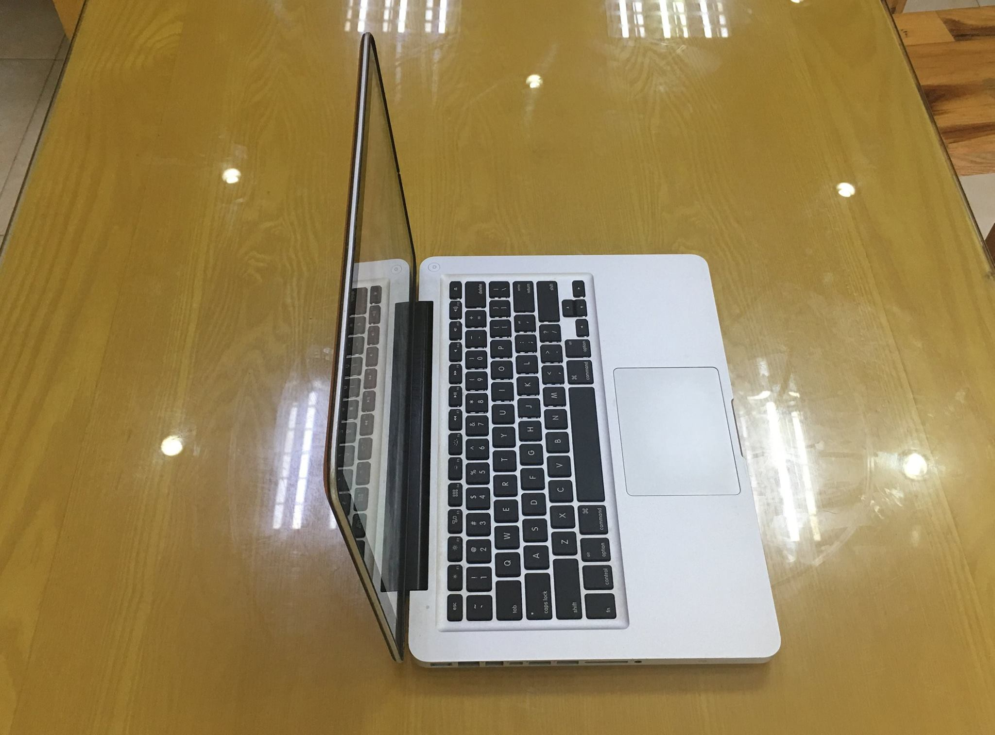 Macbook Pro MC700 boc da-7.jpg