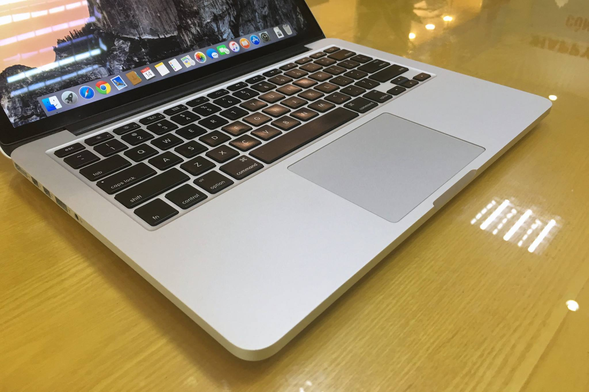 Macbook Pro Retina ME866 Full Option -4.jpg