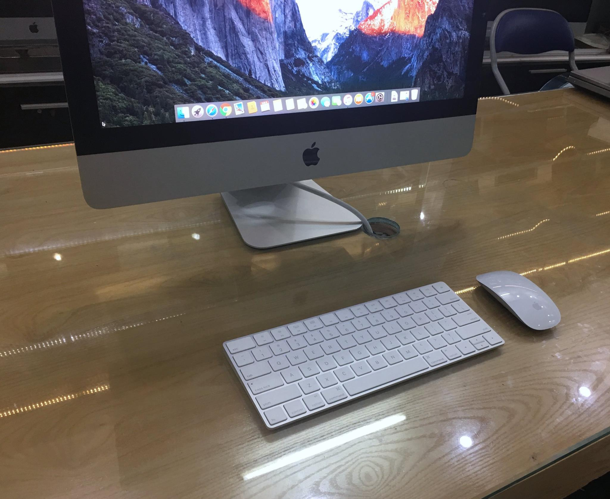 iMac MK452 21,5-8.jpg