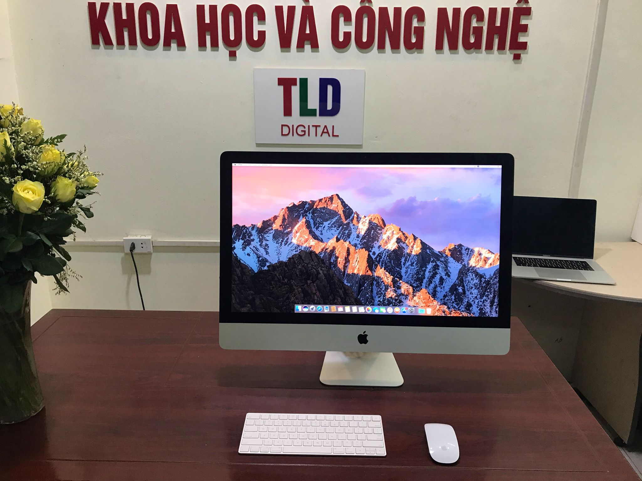 iMac MK482 27'' core i7 4.0Ghz VGA AMD R9 M395X 4GB