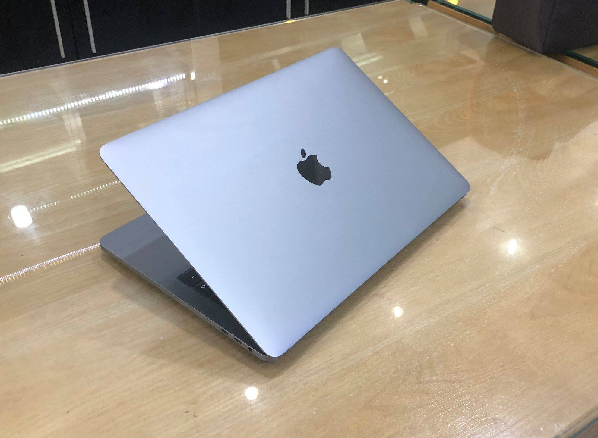 MacBook Pro 13 Touch Bar MPXW2  Gray i7 3,5Ghz, Ram 16GB -9.jpg