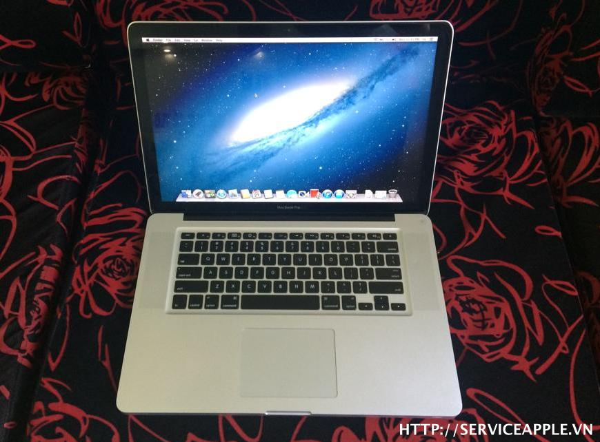 Macbook Pro A1286 MC118 Mới 98%