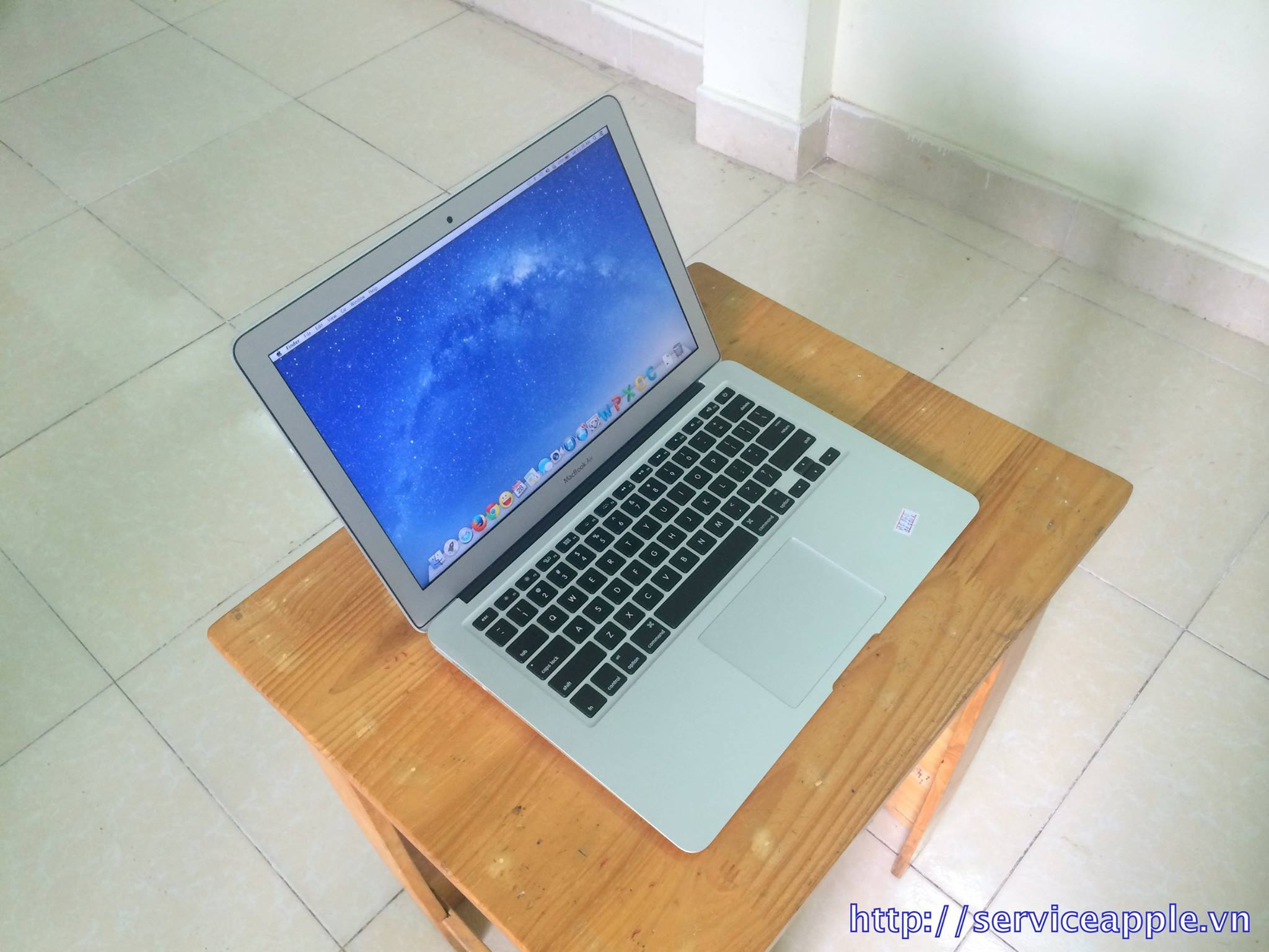 Macbook Air MD232 Hàng Mỹ