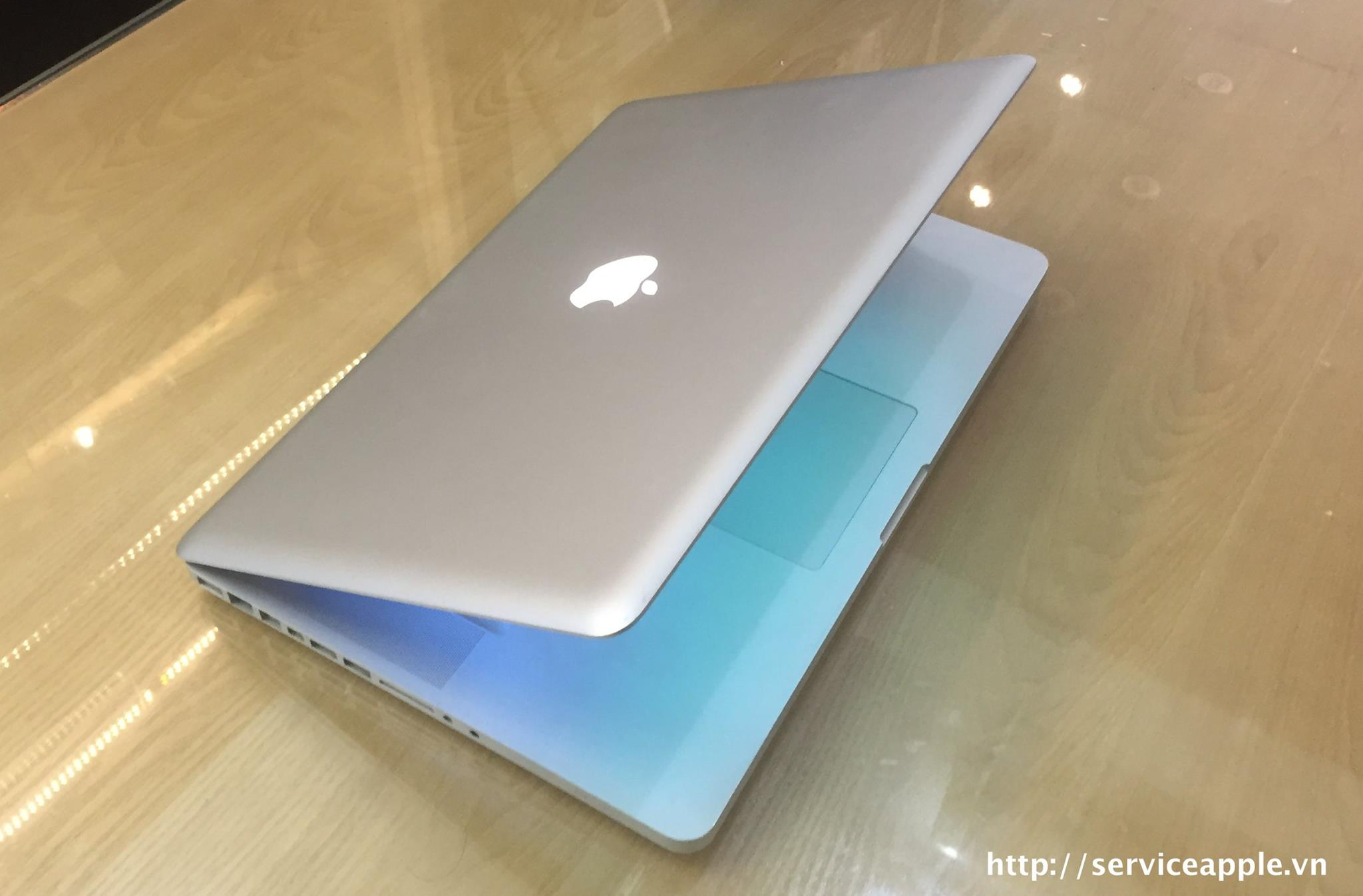 Macbook Pro A1286 MC373-7.jpg