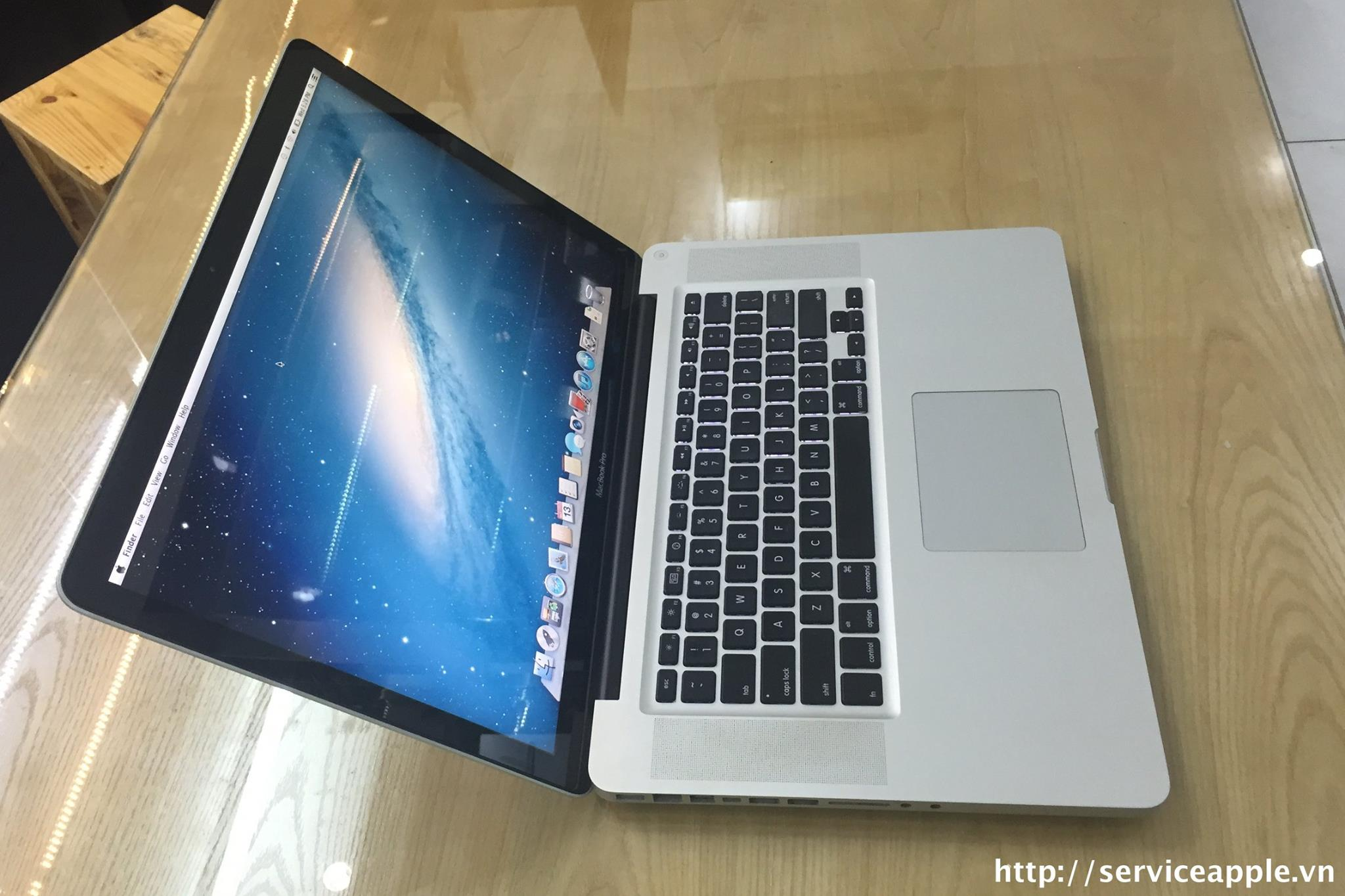 Macbook Pro A1286 MC373-9.jpg