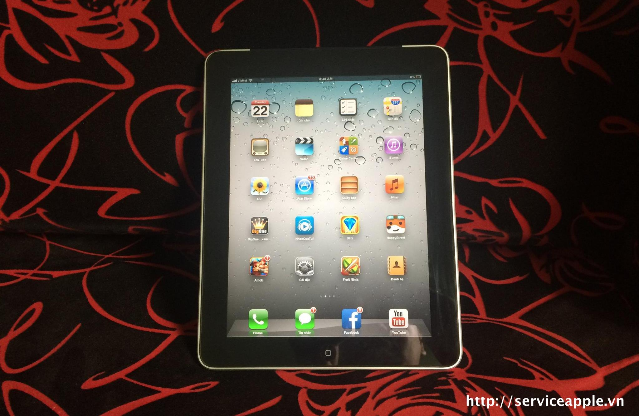 iPad 1 16GB 3G Like New