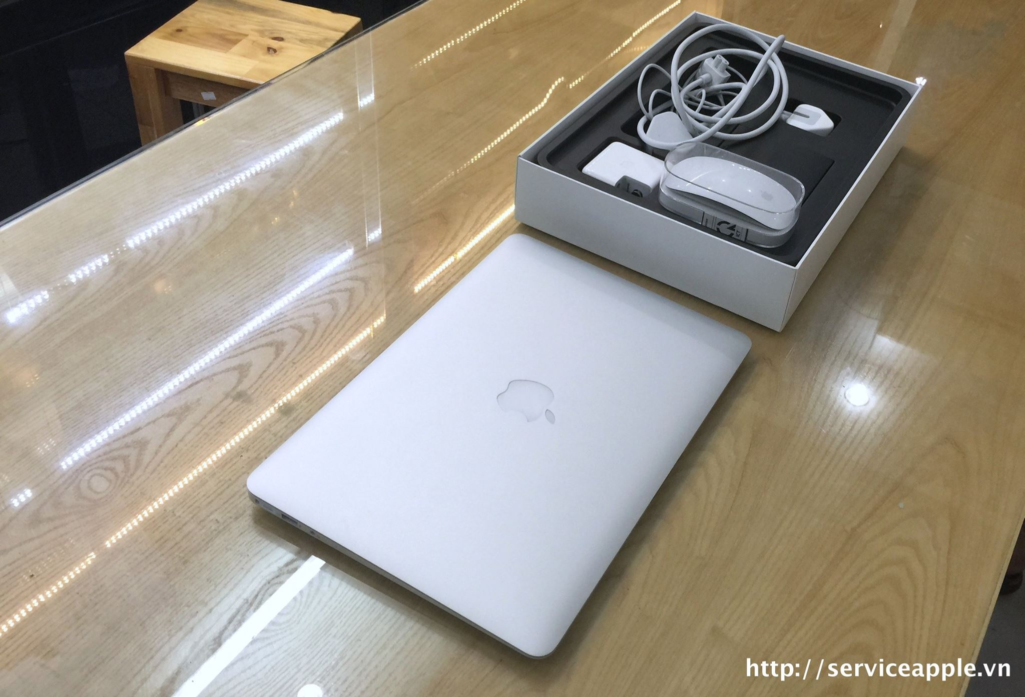 Macbook Air 2015 MJVE2ZP_3.jpg