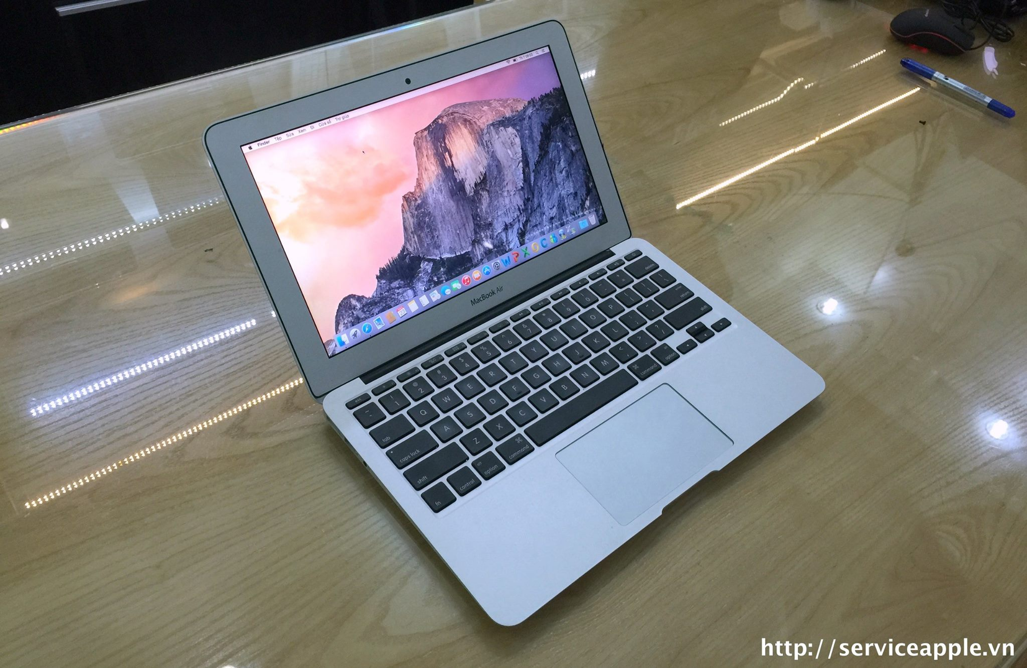 Macbook Air MD712 Full Option