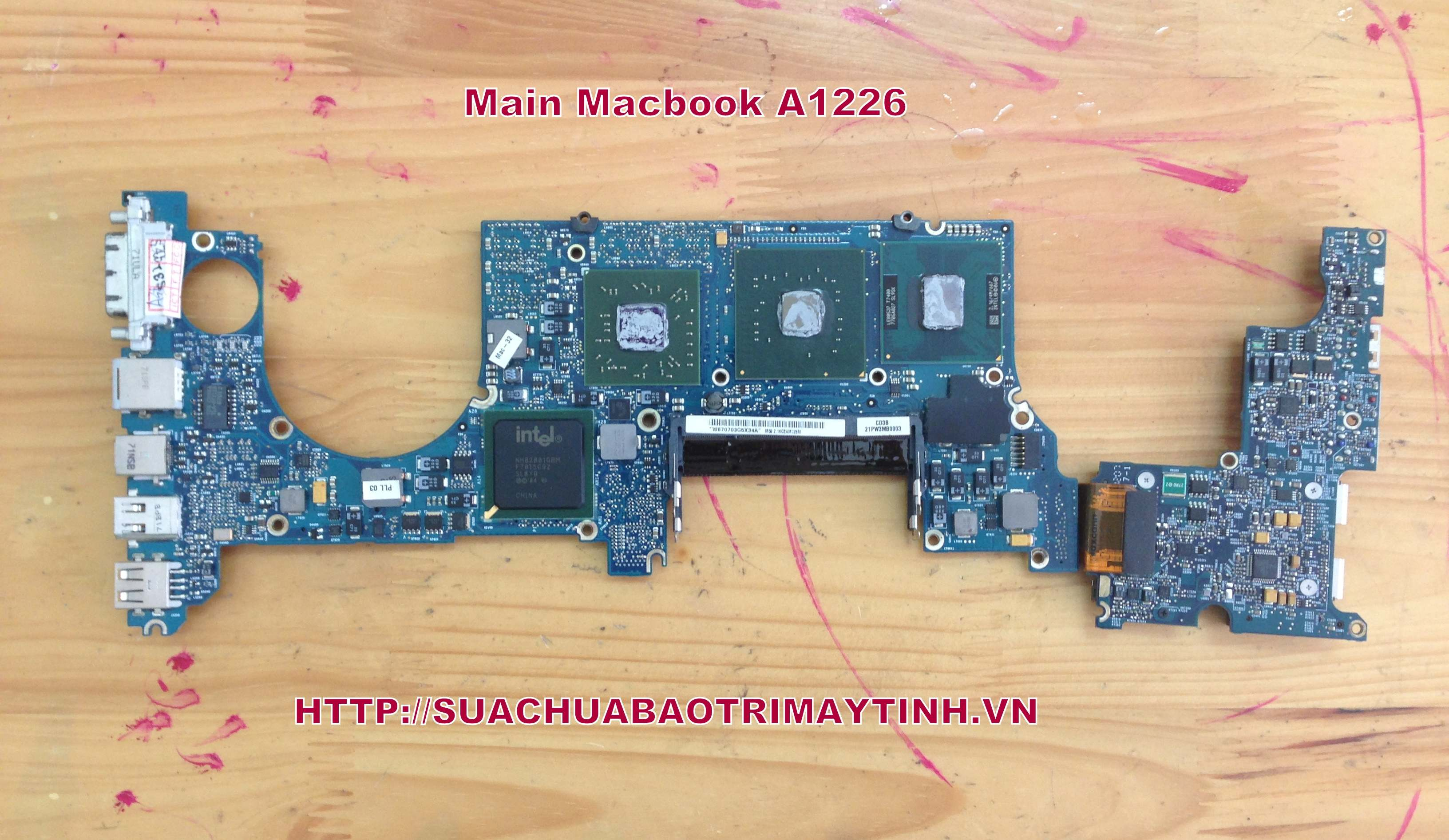 Thay Main Macbook A1226